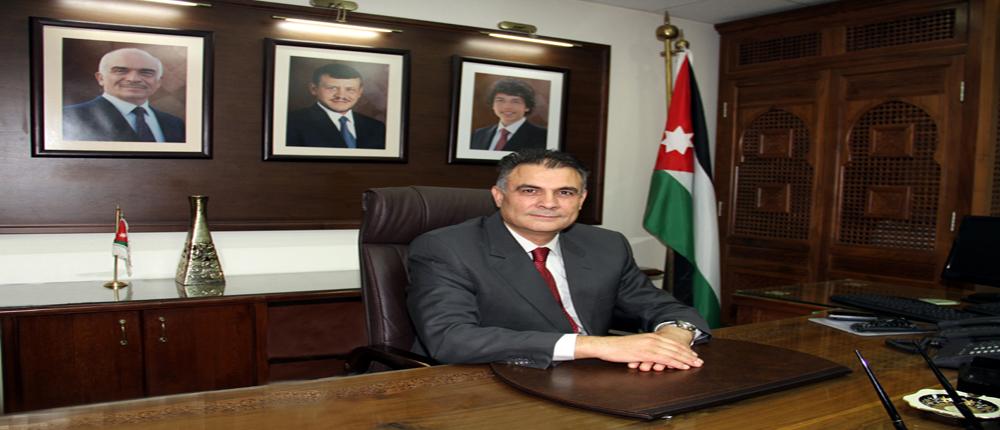 الدكتور الزعبي: التأمين الطبي حق مقدس للعاملين في الجامعة وأبناءنا الطلبة